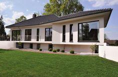 Das Winkelbungalow V145 von Virtus Massivhaus hat eine Wohnfläche von 145m². Preis ab: 148500€. Jetzt auf Massivhaus.de ansehen.