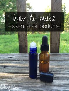How to Make Essential Oil Perfume I've wanted to wear perfume all my life, but couldn't because I got headaches every time I put it on. Recently, I started making my own perfume using essential oils. and I couldn't be more thrilled. Vanilla Essential Oil, Patchouli Essential Oil, Essential Oil Perfume, Perfume Oils, Vanilla Oil, Making Essential Oils, Essential Oil Uses, Homemade Perfume, Perfume Recipes