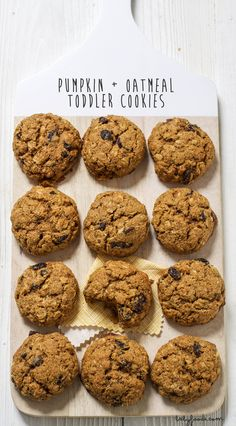 Healthy baby cookie recipes: Pumpkin Oatmeal Toddler Cookie | BabyFoodE