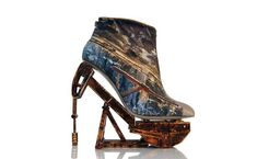 Anastasia Radevich's stunningly artistic shoes fuse unlikely materials with stylish heels. Anastasia, Steampunk Shoes, Crazy Heels, Mode Alternative, Shoe Boots, Shoes Heels, Footwear Shoes, Heeled Boots, Funky Shoes