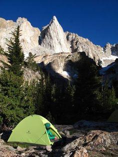 Scramblin' Around the Sierras with Spoodle and Beater. Photo: Senja Palonen #climbing