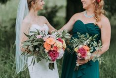 Just what does a maid of honor do? We cover everything you need to know in our comprehensive maid of honor duties checklist, timeline included. Wedding Ceremony Ideas, Wedding Trends, Wedding Gowns, Wedding Bride, Free Wedding, Bride Groom, Wedding Bouquets, Brides And Bridesmaids, Bridesmaid Dresses