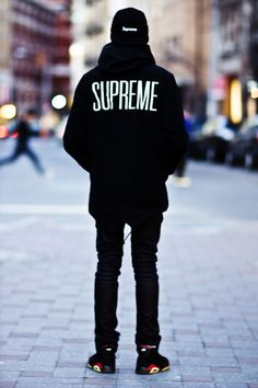 fashion street style supreme streetstyle supreme new york Converse streetwear Supreme 2013 supreme london supreme fishtail supreme jacket juicydistortion Men Street, Street Wear, Fashion Week, Fashion Outfits, Street Fashion, Looks Style, My Style, Style Men, Urban Fashion