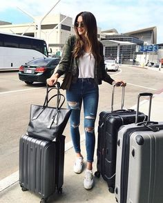 Fabulous Bling Women Outfits For Travel Airport Style 10
