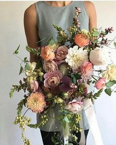Fall flowers for a modern bridal bouquet Fall Flowers, Bridal Flowers, Beautiful Flowers, Fall Bouquets, Wedding Bouquets, Flower Bouquets, Deco Floral, Floral Design, Fleur Design