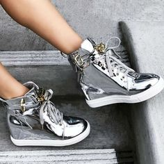 A Quick Guide To Choosing A New Pair Of Sneakers. Sneakers are probably the most important product in a sports closet. As intriguing as it may be, you can't jog in the exact same shoes you go to the workpl High Heel Sneakers, Sneaker Heels, Wedge Shoes, Converse Wedge, Shoe Wedges, High Heels, Strappy Shoes, Stiletto Heels, Fancy Shoes