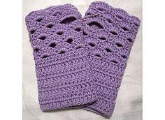 Crochet Patterns Gloves Dragonfaeriee Crochet Tales: Fan Edged Armwarmers © free pattern here Crochet Wrist Warmers, Crochet Boot Cuffs, Crochet Gloves Pattern, Crochet Boots, Crochet Motifs, Crochet Scarves, Knit Crochet, Crochet Patterns, Hat Patterns