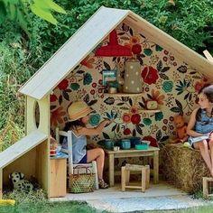 New Diy Outdoor Kids Playhouse Easy Ideas Kids Outdoor Play, Outdoor Play Spaces, Backyard For Kids, Diy For Kids, Outdoor Dog, Cubby Houses, Play Houses, Garden Huts, Diy Playhouse