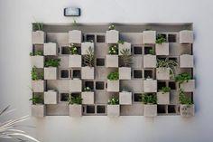 Edificio Tucumán: Jardines de estilo moderno por Garnerone + Ramos Arq.