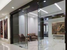 Panning Capital Management  Designer: Nelson    #panningcapitalmanagement #office #nelson #tagwall #slimline #interiordesign #officedesign #walldesign #workspaces Meeting Rooms, Workspaces, Wall Design, Divider, Management, Walls, Interior Design, Furniture, Home Decor