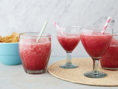 Frozen Sangarita recipe from Trisha Yearwood via Food Network This picture is wrong. The original has a swirl of the green Margarita with the red sangria