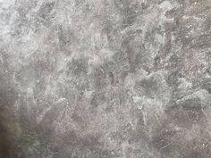 GRATIS handgeverfde sample Betonlook verf / Effect Paint Soft Grey Primer Grijs Rustic Living Room Furniture, Living Room Modern, Living Room Decor, Shabby Chic Decor, Rustic Decor, Dyi Bathroom Remodel, Dark Wood Coffee Table, Coffee To Go, Old Farm Houses
