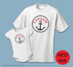 Kapitän und erster Offizier T-Shirt oder Baby Body Suit