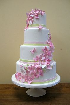4 tier butterfly wedding cake designs-don't like the color of the butterflies Gorgeous Cakes, Pretty Cakes, Cute Cakes, Butterfly Wedding Cake, Butterfly Cakes, Pink Butterfly, Butterflies, Butterfly Party, Butterfly Design