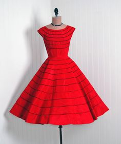 1950's Vintage Ruby-Red Fiery Ribbon-Weave Taffeta-Couture Bombshell Nipped-Waist Rockabilly Ballerina-Cupcake Full Circle-Skirt Party Dress