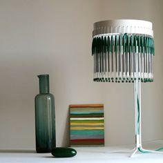 Lámpara Volivik 50. Objeto de autor producido por eStudio enPieza! en su taller desde 2006, serie limitada a 200 unidades. Diseñador: Lucas Muñoz