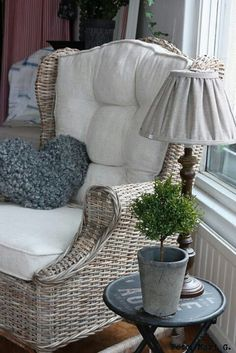 Cushions and lampshade made from linen