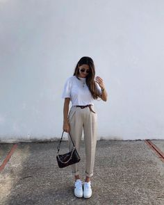 Casual Weekend Outfit, Cute Casual Outfits, Chic Outfits, Fashion Outfits, Fashion Tips, Minimal Fashion, Work Fashion, Daily Fashion, Style Simple