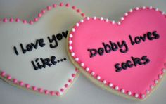 Harry Potter love cookies. making these next valentine's day.