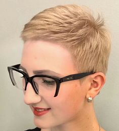 "187 gilla-markeringar, 2 kommentarer - Евгения Панова (@panovaev) på Instagram: ""@faerystyle #pixie #harcut #shorthair #h #s #p #shorthaircut #blondehair #b #hair…"""