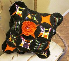 Halloween Cathedral Window Frayed Edge Decorative Pillow Cathedral Window Quilts, Cathedral Windows, Glue Gun Crafts, Halloween Quilts, Dresden Plate, Chunky Beads, Quilted Pillow, Decorative Pillows, Beaded Jewelry