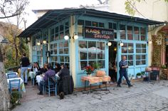 Image Greek Cafe, Coffee Places, Thessaloniki, Athens, Old Photos, Greece, In This Moment, Traditional, Outdoor Decor