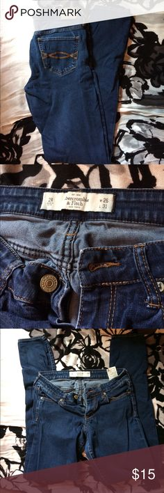Abercrombie Jeans These jeans are in great condition. Abercrombie & Fitch Jeans Skinny