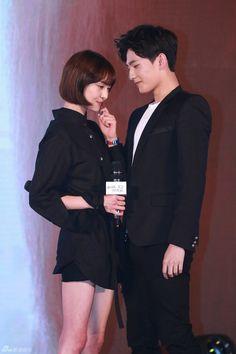Yang Yang Zheng Shuang, Love 020, Wei Wei, Chinese Fans, Happy Pills, Asian Celebrities, Dream Boy, Drama Movies, Kpop