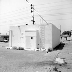 Frank Gohlke, White building, Los Angeles, 1974