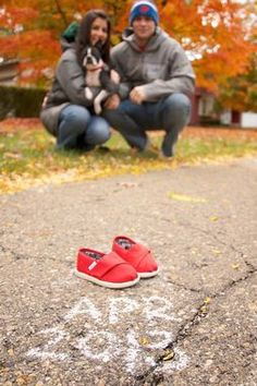 15 Fabulous Pregnancy Announcement Ideas (PHOTOS) | The Stir #pregnancyannouncementideas,