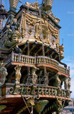 achterdek van een antieke piratenschip gezien in Italië - Stockbeeld: 3424354
