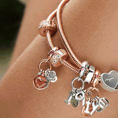 Drop some hints this Valentine's Day with the NEW collection from PANDORA Jewelry! #PandoraWestland #Pandorajewelry #valentinesday #perfectgiftforher #miamigirl #miamigirls #diadelosenamorados #giftidea