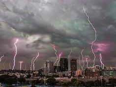AUSTRALIA - If you've been in Canberra, Sydney or Brisbane in recent days and weeks, you've seen storms just about every afternoon. This weekend, more thunderstorms, hail and powerful winds are expected in New South Wales set to last until early next week. Saturday is likely to be the worst day with heavy rains across one third of the state.
