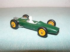 RARE JIM CLARK LOTUS FORD INDIANAPOLIS 500 LESNEY MATCHBOX #19 GREEN RACE CAR - http://www.matchbox-lesney.com/?p=6761