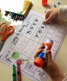 Great word work center for CVCE words. Includes color option that can be laminated and used with dry erase markers and a black and white option for students to show their work. Kindergarten Centers, Kindergarten Reading, Kindergarten Classroom, Literacy Centers, Cvce Words, Phonics Words, Phonics Worksheets, Phonics Reading, Teaching Reading