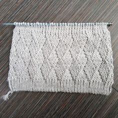 https://www.ravelry.com/projects/elsq/mystery-stitch