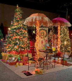 "A Hawaiian Christmas, ""Mele Kalikimaka"". Shared by Career Path Design Hawaiian Christmas Tree, Tropical Christmas, Beach Christmas, Christmas In July, Outdoor Christmas, Christmas Art, Beautiful Christmas, Christmas Themes, Christmas Tree Ornaments"