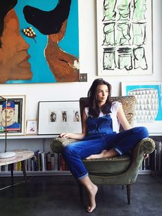 Vogue Takes Us Inside Emily Ratajkowski's Art-Centric L.A. Loft | MyDomaine