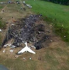 Crash scene near Shanksville, PA, of United Airlines Flight 93 which was hijacked as part of the September 11 attacks in World Trade Center, Illuminati, 11 September 2001, Nine Eleven, Historia Universal, We Will Never Forget, Sad Day, Religion, We Remember