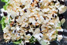 Imprezowa sałatka z serem feta i żurawiną ⋆ M&M COOKING