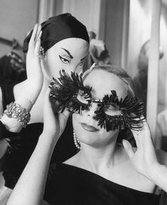 hoodoothatvoodoo:    Model and store mannequin at Elsa Schiaparelli's store, photo by Regina Relang, Paris, 1951