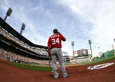 Bryce Harper #34 of the Washington Nationals stands in the on deck circle against the Pittsburgh Pirates during the game on May 4, 2013 at PNC Park in Pittsburgh, Pennsylvania. (Photo by Justin K. Aller/Getty Images)