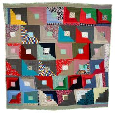 Sallie Gladney - Log Cabin Variation 1989 Cotton/ polyester blend, wool, cotton 94 in. x 91 in. cm x cm) Log Cabin Patchwork, Log Cabin Quilts, Museum Of Fine Arts, Art Museum, Édredons Cabin Log, Log Cabins, Afro, Gees Bend Quilts, Handmade Quilts For Sale