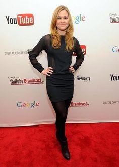 Julia Stiles wearing Hoss Intropia Dress