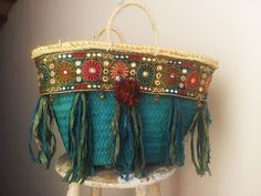 Handmade Customized Boho-Chic Straw Bag by MartinaDeFays on Etsy