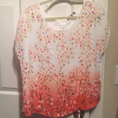 LC key hole top Very pretty spring colored top. Lauren Conrad brand size small. Only worn once. LC Lauren Conrad Tops