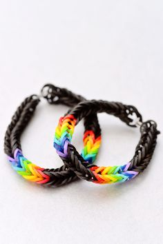 Fishtail Rainbow Loom Patterns, love it, about to make it right now.