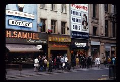 Oxford Street in 1970 by Harold Slatore London Now, London Pubs, Old London, London City, British Shop, London History, Vintage London, Oxford Street, London Photography