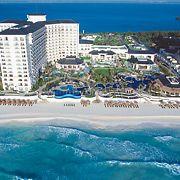 Vista aérea del resort en Cancún