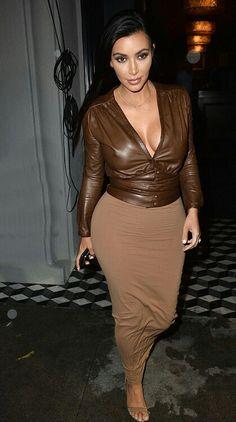Kim kardashian in brown